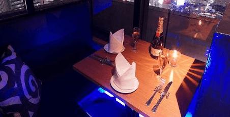 S diningの店内写真