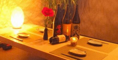 梅田 肉寿司 かじゅある和食 足立屋の店内写真